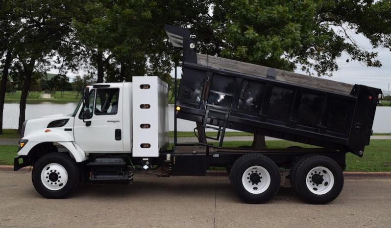 CNG dump truck